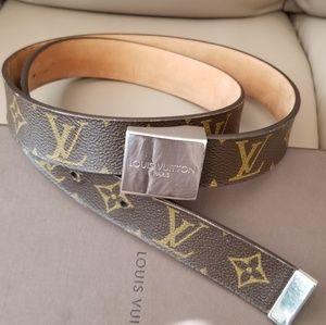 Louis Vuitton Monogram Unisex Belt